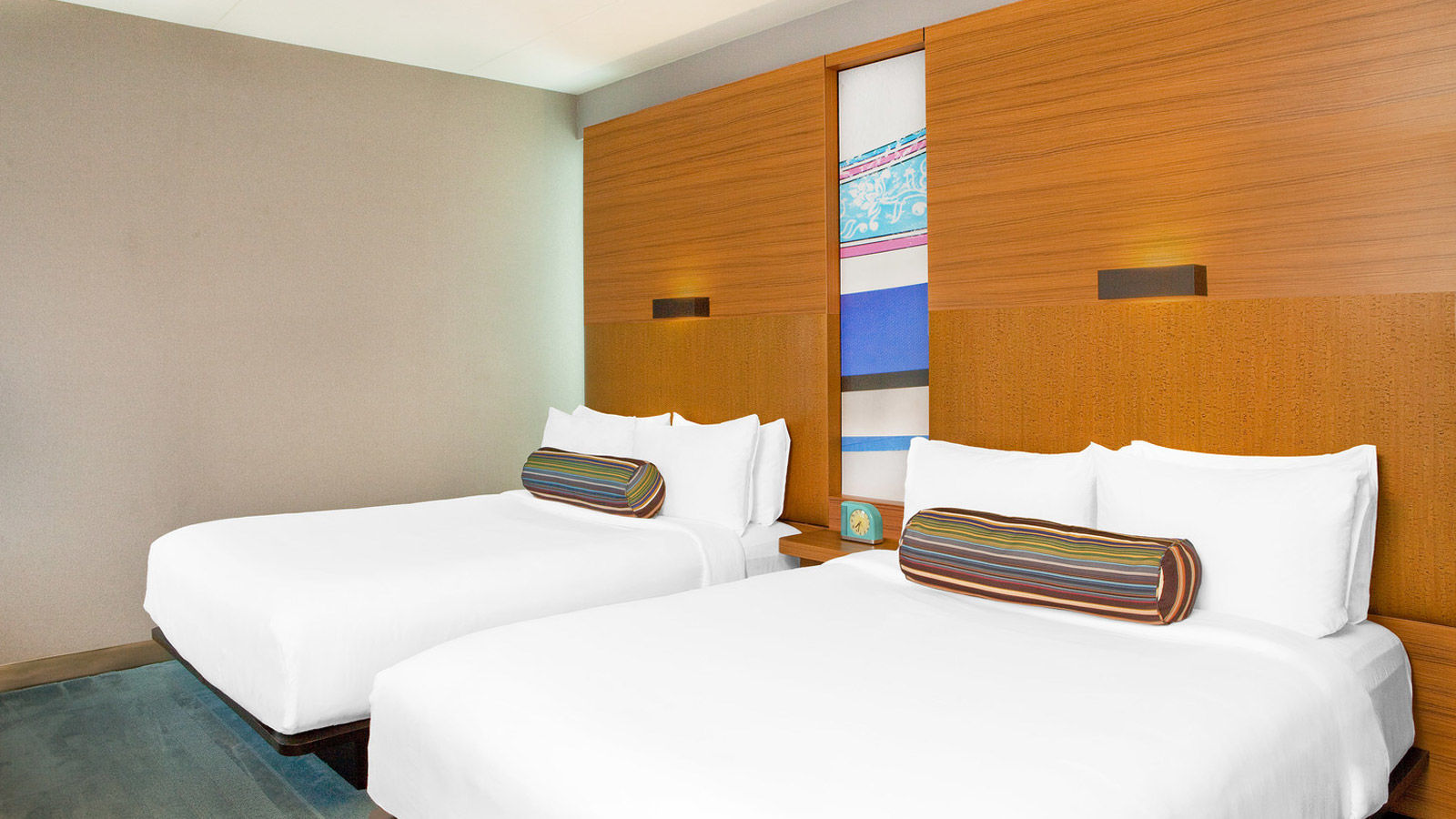 Doral Accommodations - Aloft Queen Room